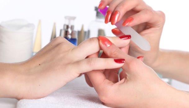 A internet é um ótimo lugar para a manicure adquirir conhecimentos. (Foto: Divulgação)