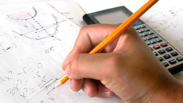 Adquira conhecimentos básicos de matemática pela internet. (Foto: Divulgação)