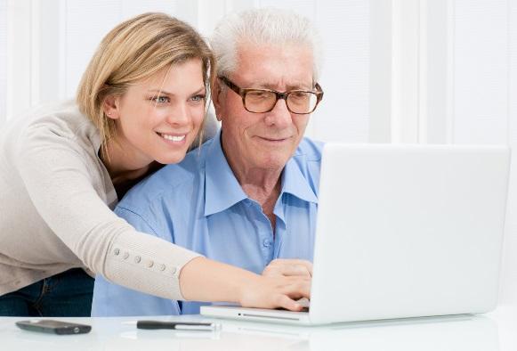 Informática para terceira idade: veja onde fazer