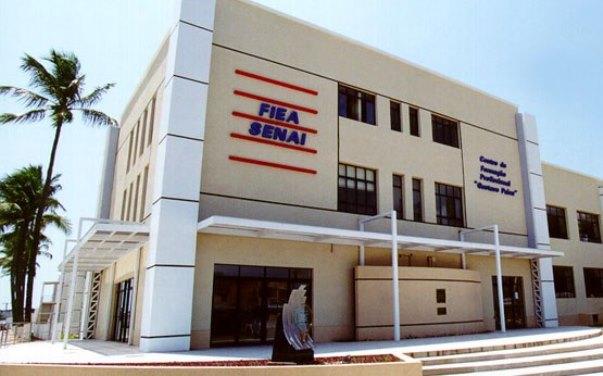 O Senai forma profissionais para as indústrias de Alagoas.