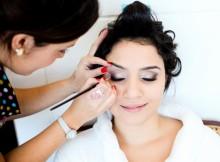 Amplie os seus conhecimentos como maquiadora.