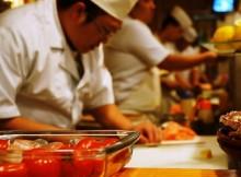 Através da internet, você adquire conhecimentos básicos para se tornar um sushiman. (Foto: Divulgação)